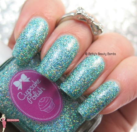 cupcake-polish-imagine-swatch