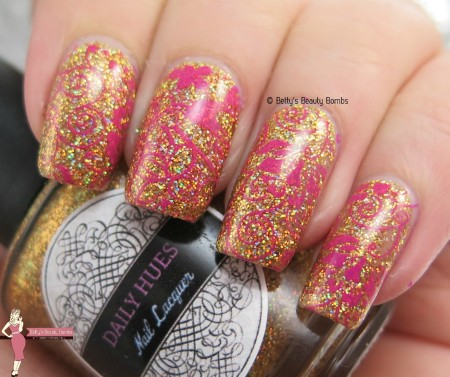 pink-and-gold-nail-art