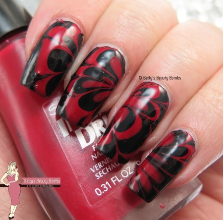 red-and-black-watermarble