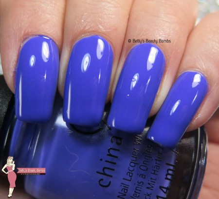 china-glaze-i-got-a-blue-attitude-swatch