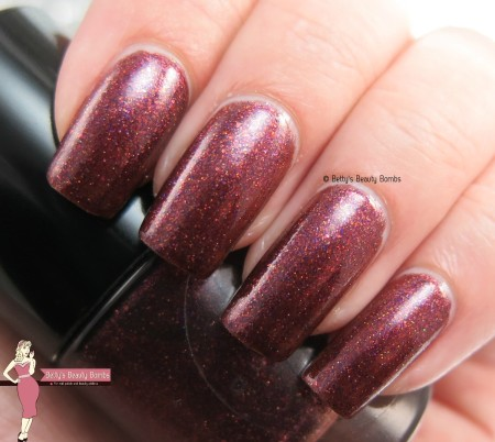 mango-bunny-polish-fig-newton-swatch