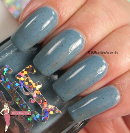fairytale-finish-meet-me-at-the-pier-swatch
