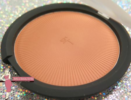 it-cosmetics-bronzer-review