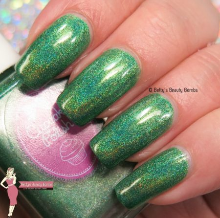 cupcake-polish-little-butterfly-swatch