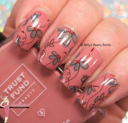 floral-water-decals-nail-art