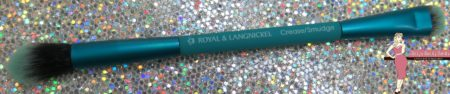 royal-and-langnickel-crease-brush