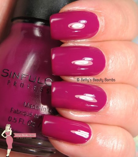 sinful-colors-call-me-violetta-swatch