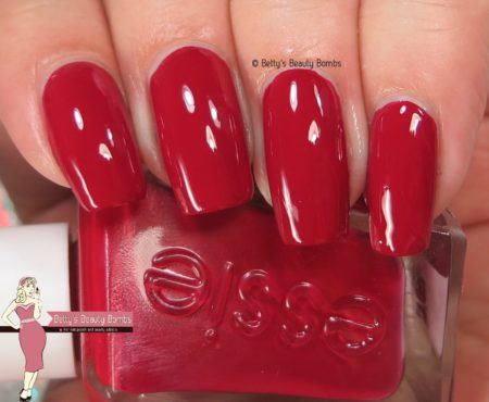 essie-drop-the-gown-swatch