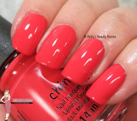 china-glaze-tis-the-sea-sun-swatch