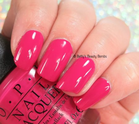 opi-apartment-for-two-swatch