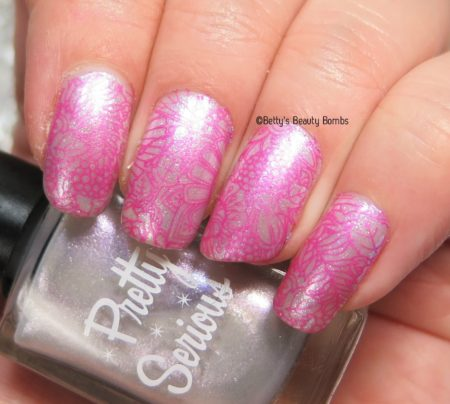 light-pink-nail-art-stamping