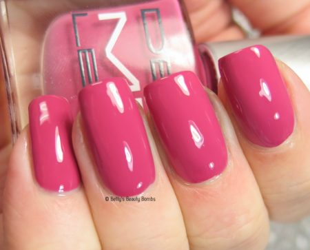 dermelect-coat-d'amour-swatch