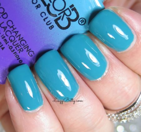 color-club-serene-green-swatch