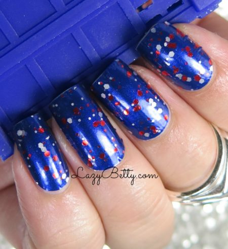 color-street-freedom-calling-nail-wrap